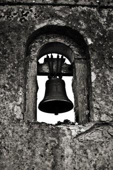 bell-1165637_640
